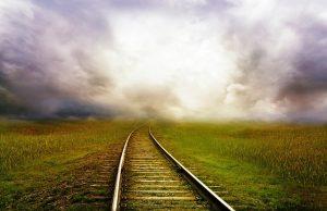 railroad-tracks-163518_640