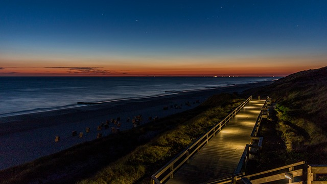beach-3470321_640